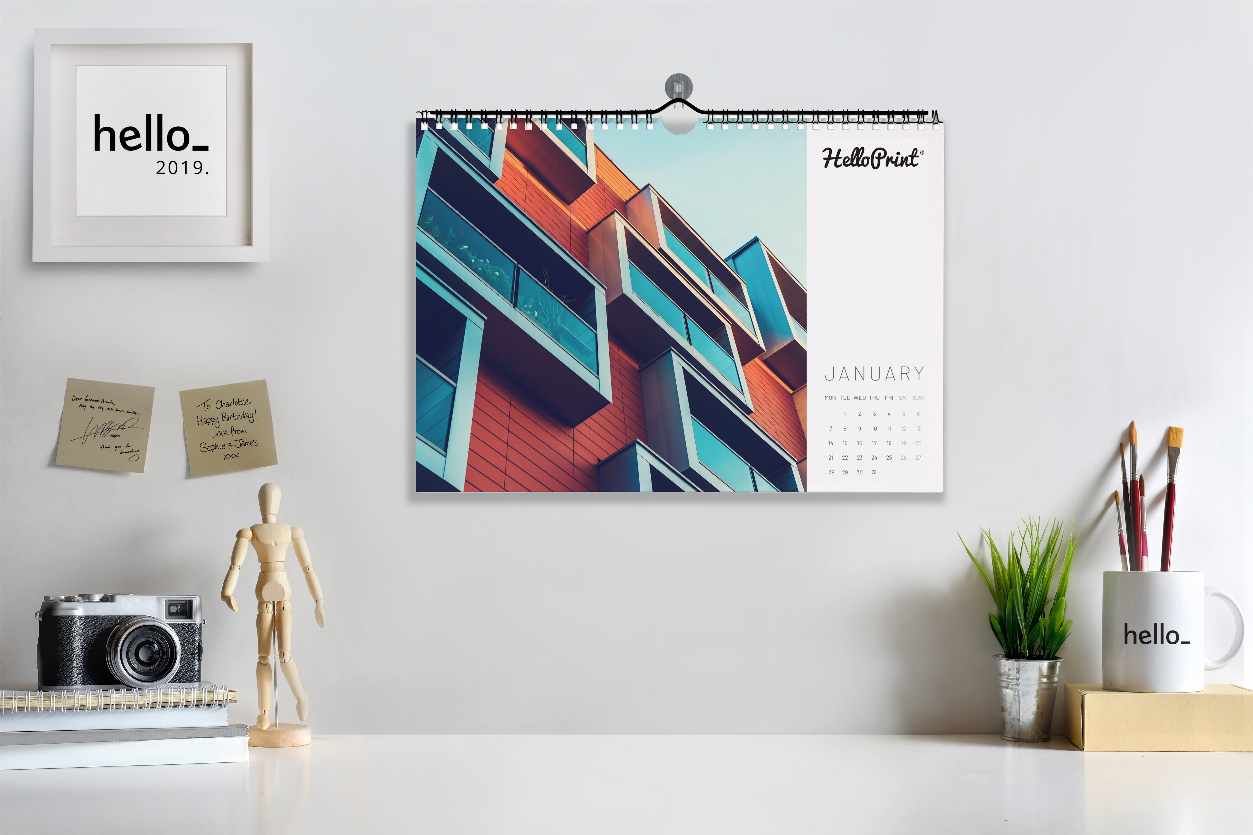 Four Benefits of Printing Wall Calendars at Helloprint