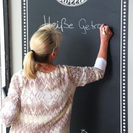Complete your bars, restaurants and events and make an impression by an amazing chalkboard sticker at HelloprintConnect.